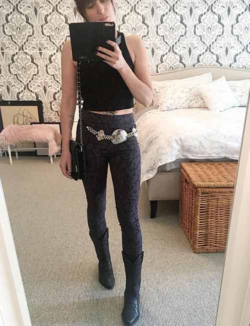 Best Outfits With Cowboy Boots - Printed Jeggings And Cowboy Boots