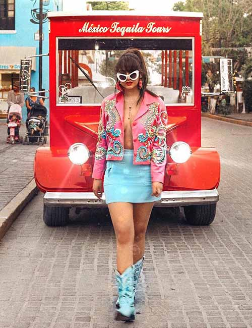 Best Outfits With Cowboy Boots - Turquoise Outfit And Cowboy Boots