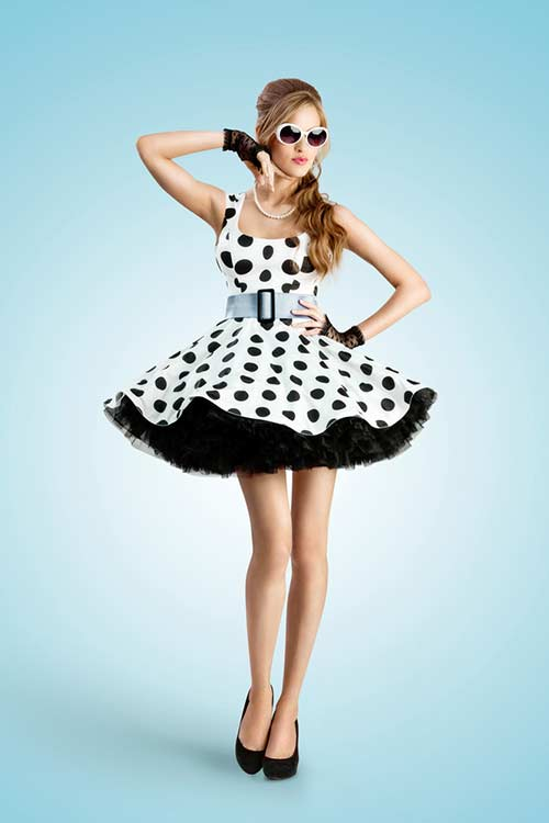 Best 80s Fashion Trends - Polka Dots Dress And Waist Belt