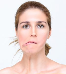 Bell's Palsy: Natural Treatments, Symptoms, And Causes + Diet Tips