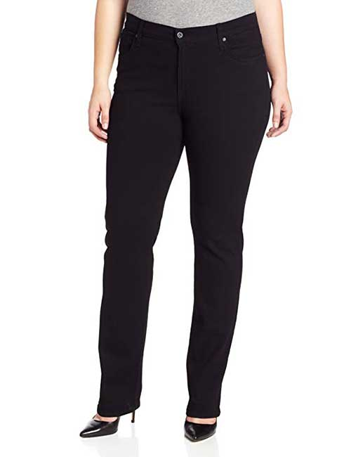 Best Jeans For Short Curvy Women