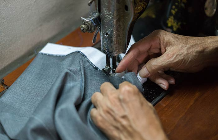 How to change your pants with a sewing machine