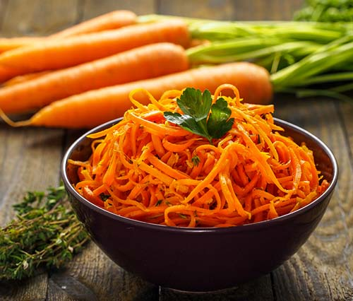 Raw Food Diet - Raw Food Dinner Vegan Carrot Salad