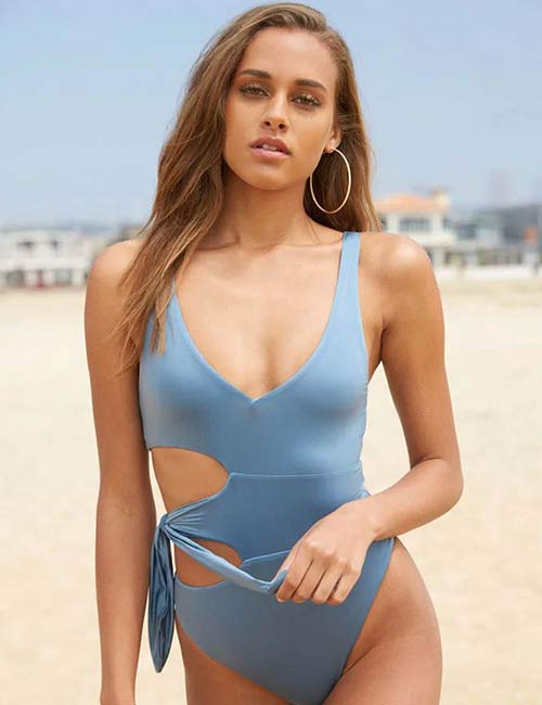 Side Cut-Out Style One Piece