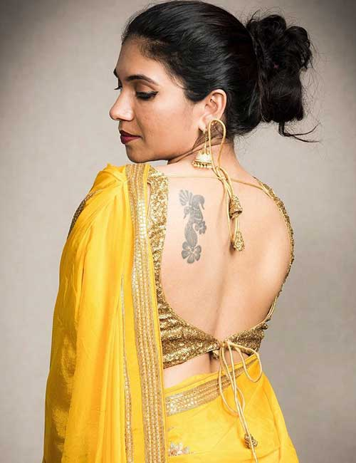 46aa3b1fbc519a Plain Saree With Designer Blouse Ideas - Yellow Georgette Saree With A  Brocade Blouse