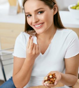 9 Best Nuts For Weight Loss – How They Work And Dosage