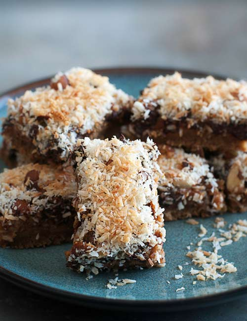 10.Low-Carb Chocolate Coconut Bars