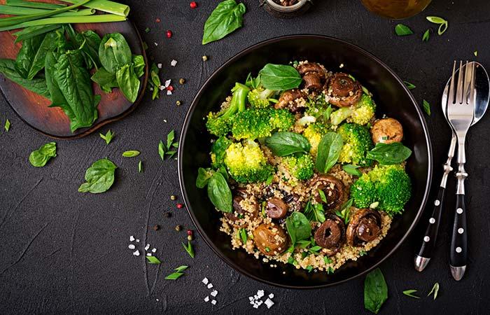 13.Broccoli And Mushroom Quinoa