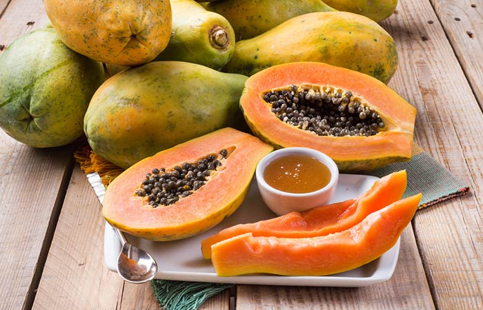 5. Papaya And Honey Face Pack