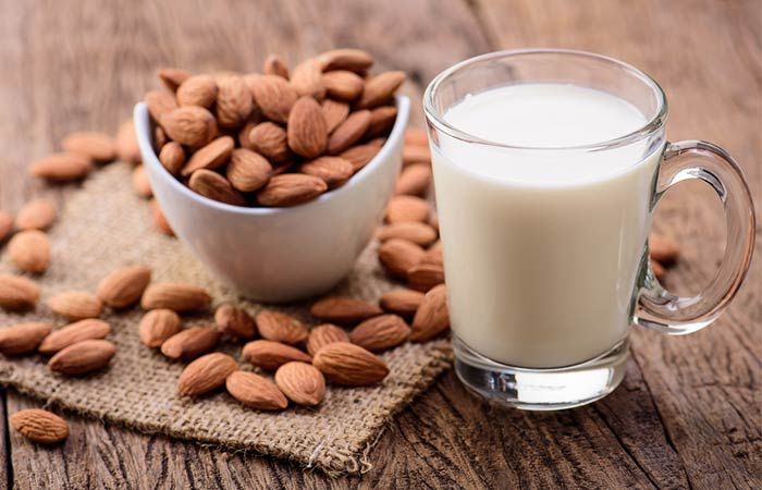 Overnight Almonds And Milk Face Mask