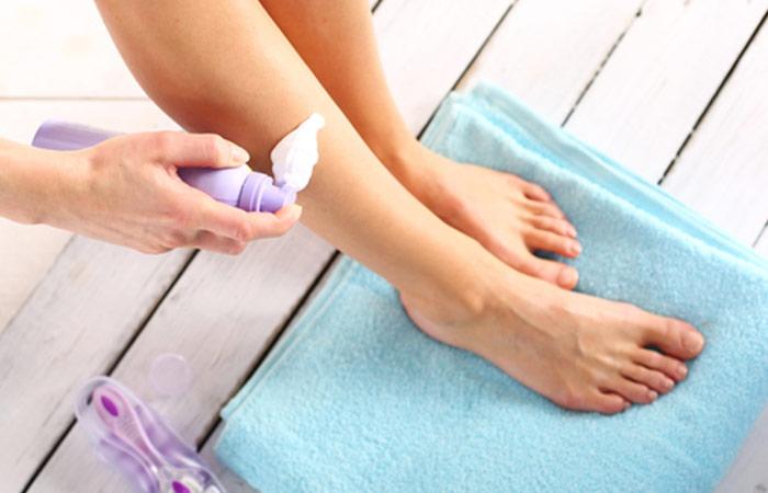 2. Не използвайте крем или гел за бръснене