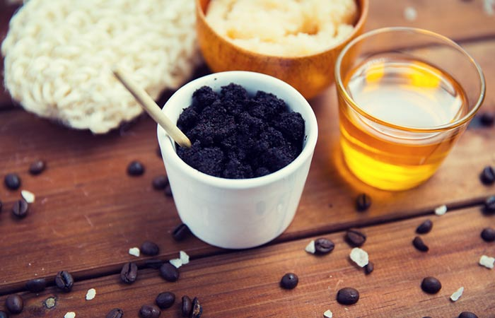 3. Coffee And Honey Face Scrub