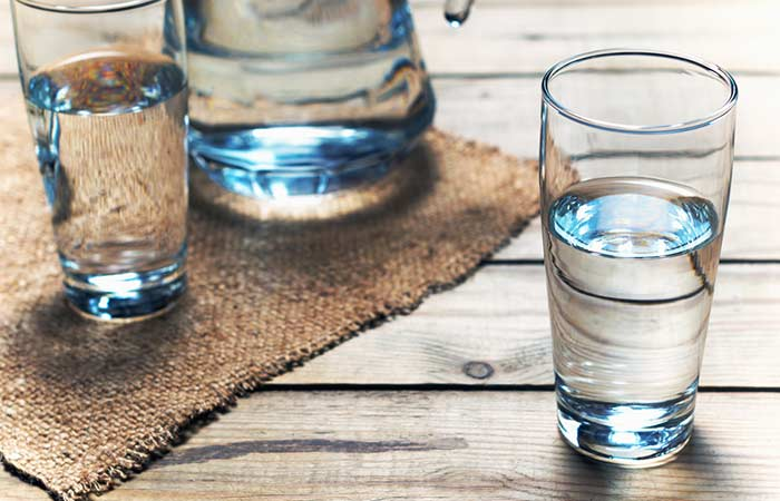 5. Drink Water (Minimum Of 6-8 Glasses) To Stay Hydrated!