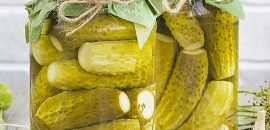 7 Superb Benefits Of Pickle Juice + How To Make It