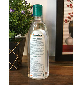 Himalaya Anti-Dandruff Hair Oil pic 5-Keeps me clean for a long time-By chonbeni