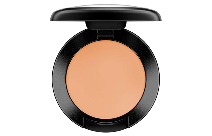 1.-MAC-Studio-Finish-SPF-35-Concealer
