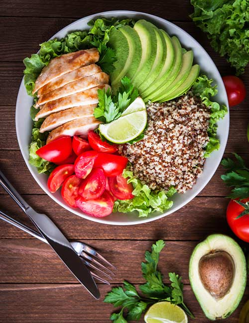 1.-Quinoa-And-Grilled-Chicken-Salad