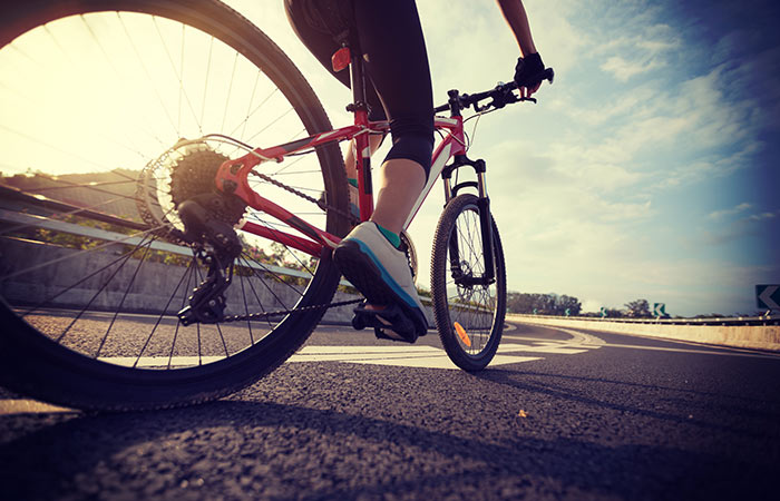 पेट कम करने के लिए साइकलिंग