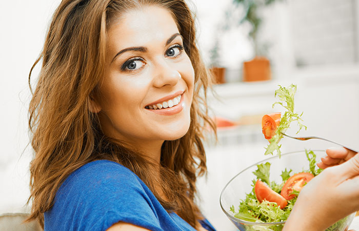 Diet for Glowing Skin in Hindi