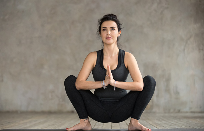 Malasana for Periods Problem in Hindi