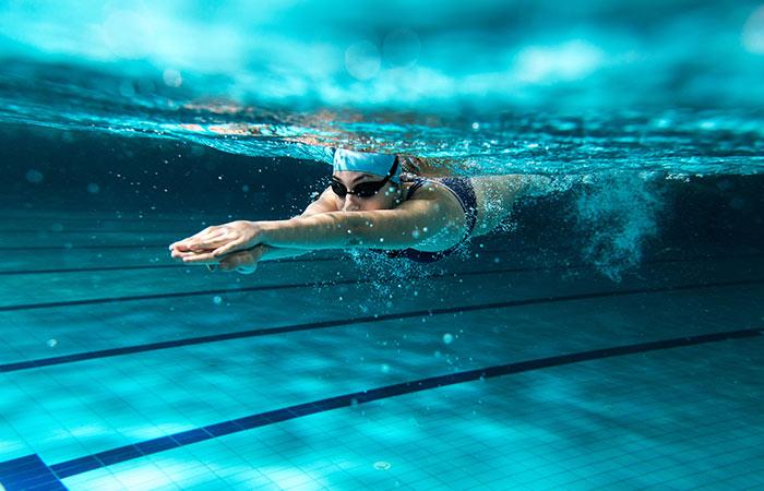 पेट कम करने के लिए तैराकी
