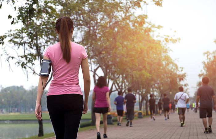 पेट कम करने के लिए पैदल चलना