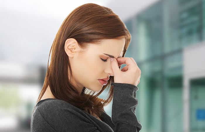 Symptoms of Sinusitis in Hindi
