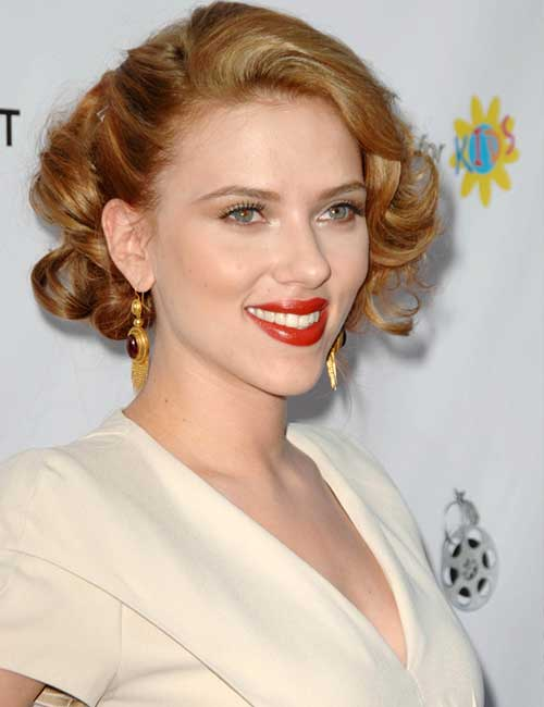 The Hollywood Curl Pixie