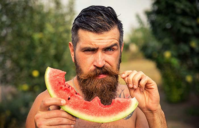 A healthy diet for a healthy mustache