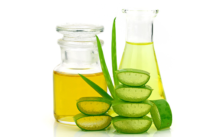 Aloe And Olive Oil Makeup Remover - DIY Makeup Removers