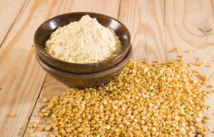 Pimple Marks Ke Liye Gram Flour