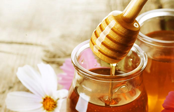 Honey For Lip Pimples in Hindi