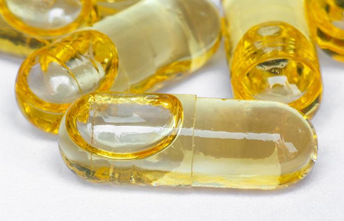 Vitamin-E for Dense Eyelids in Hindi