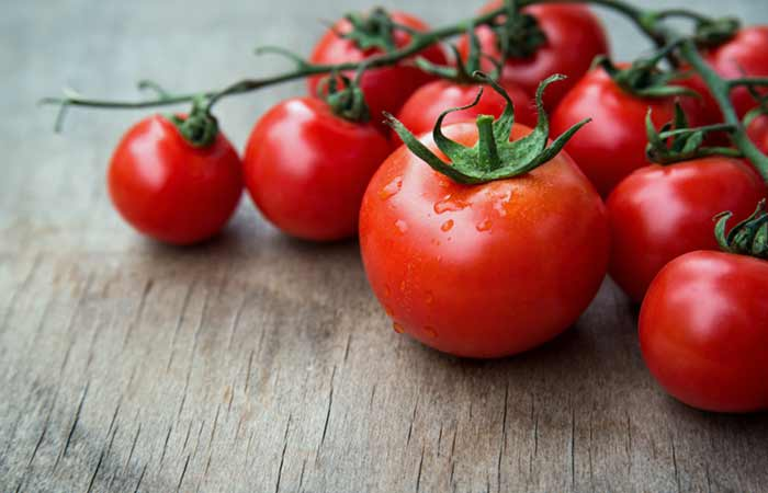 Tomatoes for Skin Pores in Hindi