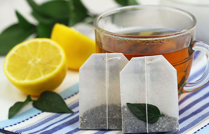Green Tea for Chapped Lips in Hindi