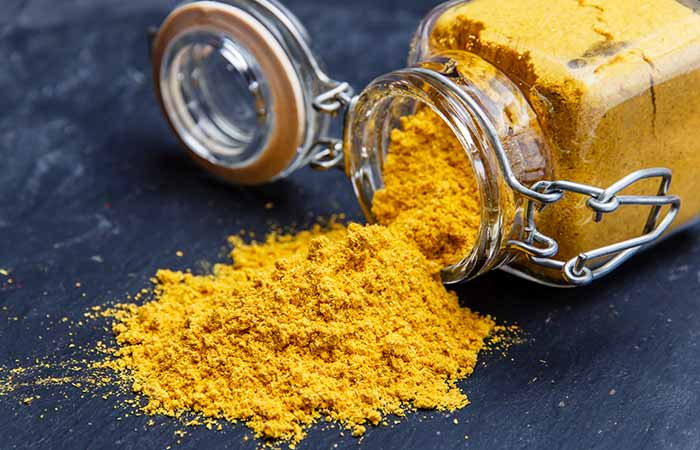 Lemon juice and turmeric powder for Pigmentation in Hindi
