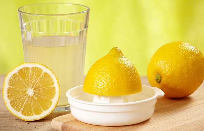 Lemon juice for dark underarms