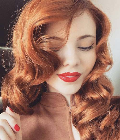 Retro Pin Up Curls