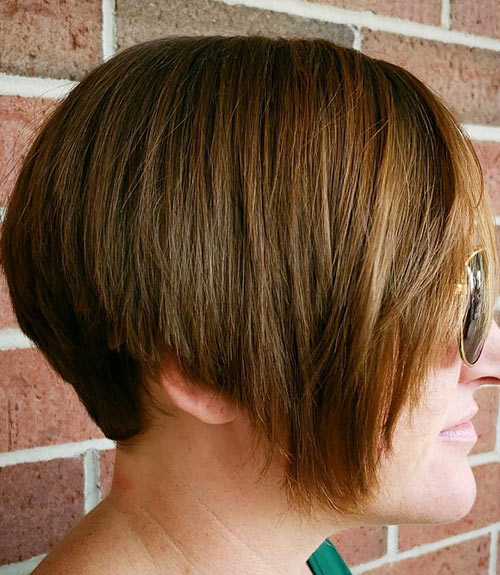 The Mom Wedge Cut