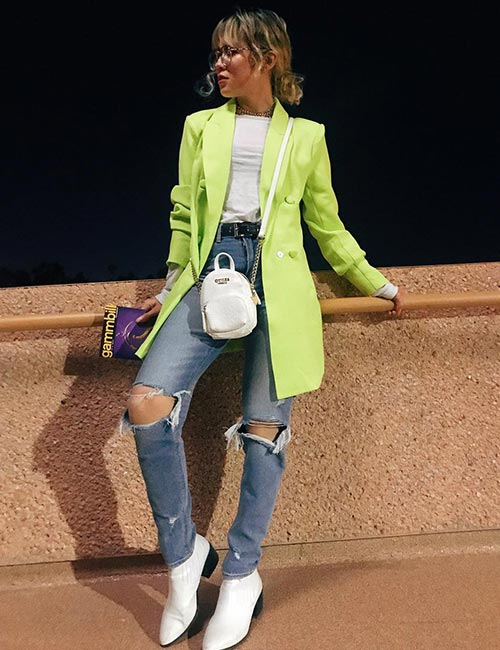 Distressed Jeans And Neon Trench Coat - Hipster Outfits