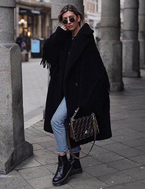 Oversized Coat And Combat Boots For Winter - Hipster Outfits