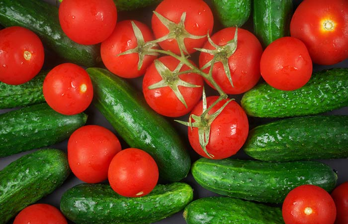 3.-Tomato-And-Cucumber-Face-Pack