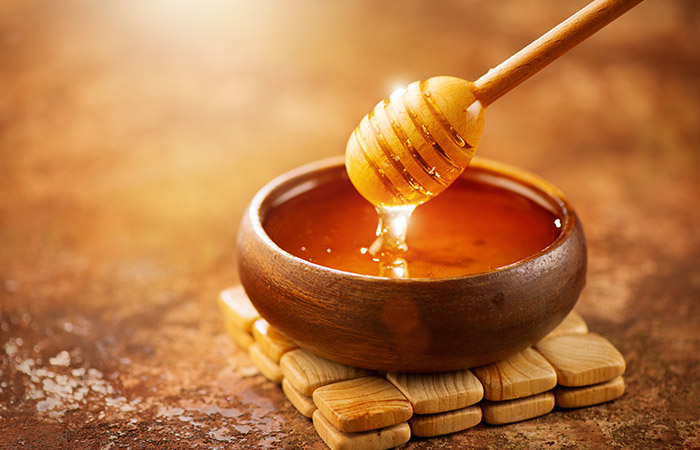 Baking soda and honey for pimples