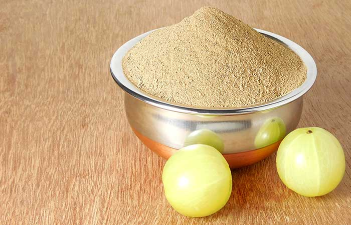 Eggs and Amla Powder for Hair in Hindi