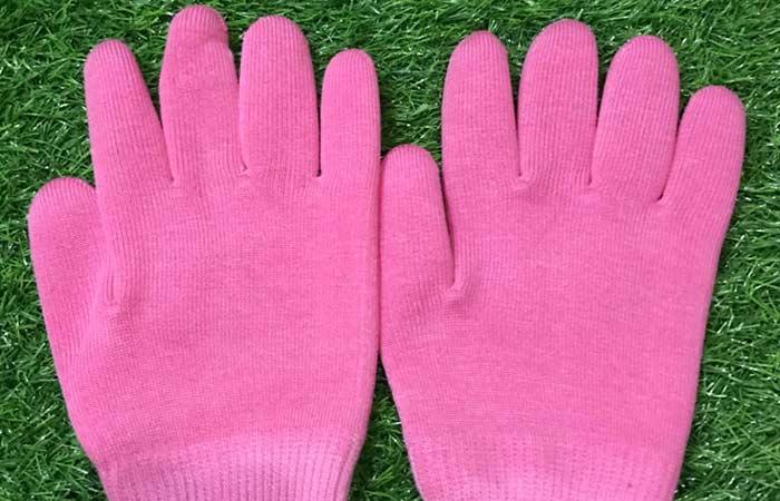Gloves for Cracked Fingertips in Hindi