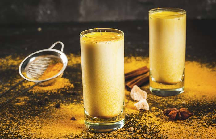 Side Effects of Turmeric Milk in Hindi