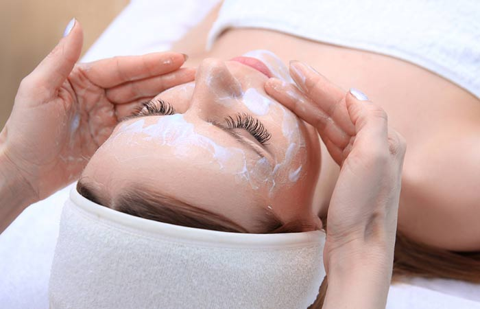 "If these dead cells are not removed, they are stored on the surface of the skin, resulting in rough and dry skin. However, you can exfoliate your skin with exfoliants in the house, but if you need to remove the dead cells properly, facials are a good choice. A chemical peel is used during the face so that the skin's surface is well-cleaned and a healthy skin layer appears [11]. Skin Comes to Constipation </h3> <p>  As aging progresses, collagen production begins to decrease, resulting in decreased skin tension. There may be benefits to the person, because during training Expert Chemical uses peeling, mask, lotion and cream. All of these products are full of botanical extract that increases collagen production and reduces signs of aging by bringing tension to the skin. </p> <h3>  12. Eyes and Dark Bags "" width=""700″ height=""450″ /></a></p> <p class="