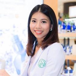 Dr.-Nicha Naturopathic Doctor