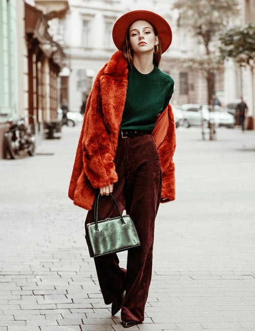 Green And Red - Colors That Go Well With Red Clothes