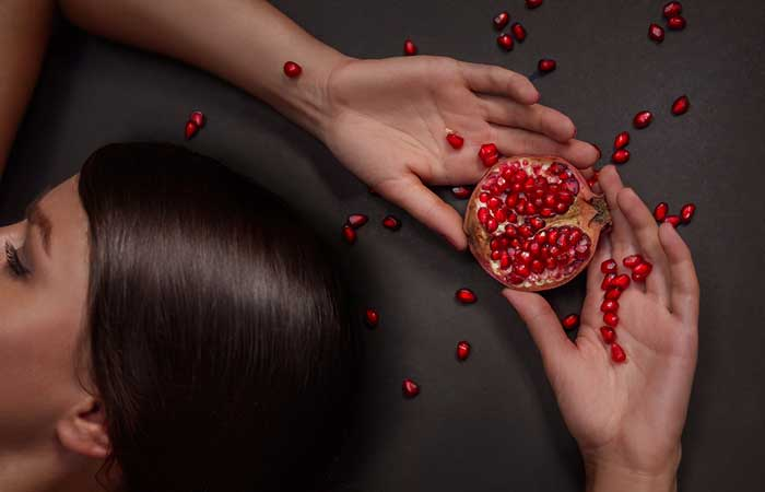 Hair Benefits of Pomegranate in Hindi